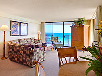 AKS 200x150 Room 2BDR Oceanfront Aloha Suite Living Room 01