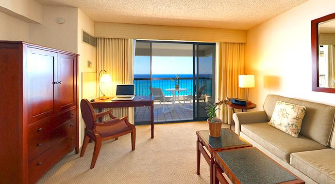 2 Bedroom Deluxe Oceanfront Living Area