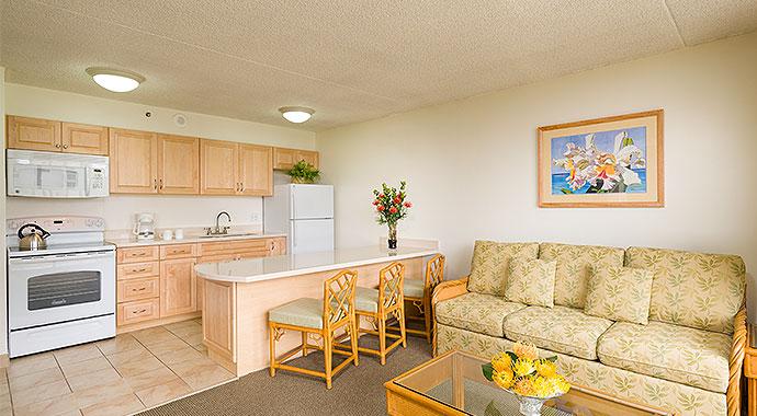 waikiki family hotel | aston at the waikiki banyan | aston hotels
