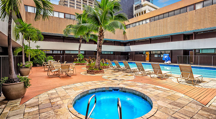 Hotel In Downtown Honolulu Aston At The Executive Centre Hotels