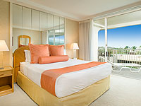 WHA 200x150 Room 1BDR 2 Bath Ocean View Suite 824 Bedroom 01