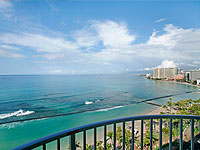 WOW 200x150 OZ Room 1BDR Kalakaua Suite View from Lanai 01