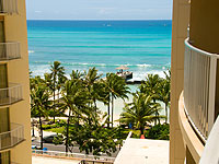 WOW 200x150 Room HR Hotel Room Partial Ocean View ADA View from Lanai 01